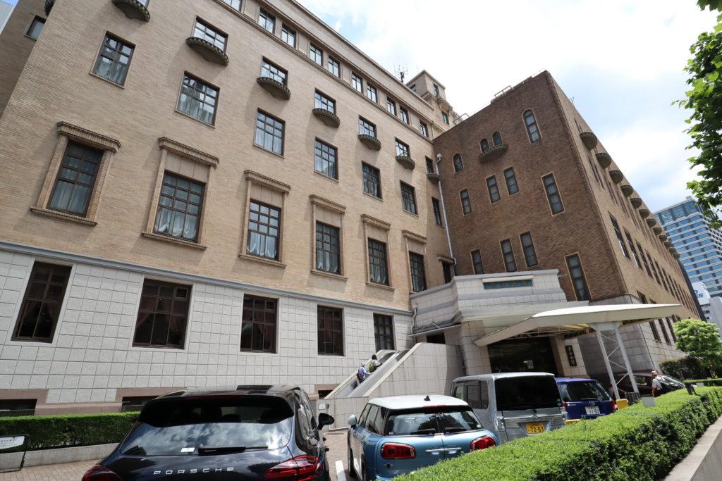 半沢直樹_東京中央銀行の会議室・廊下
