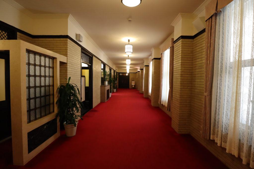 半沢直樹_東京中央銀行の廊下