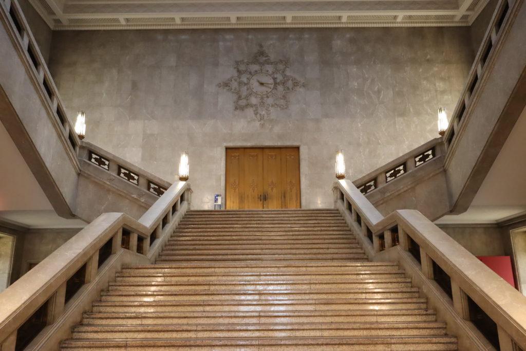 半沢直樹_東京中央銀行の入口