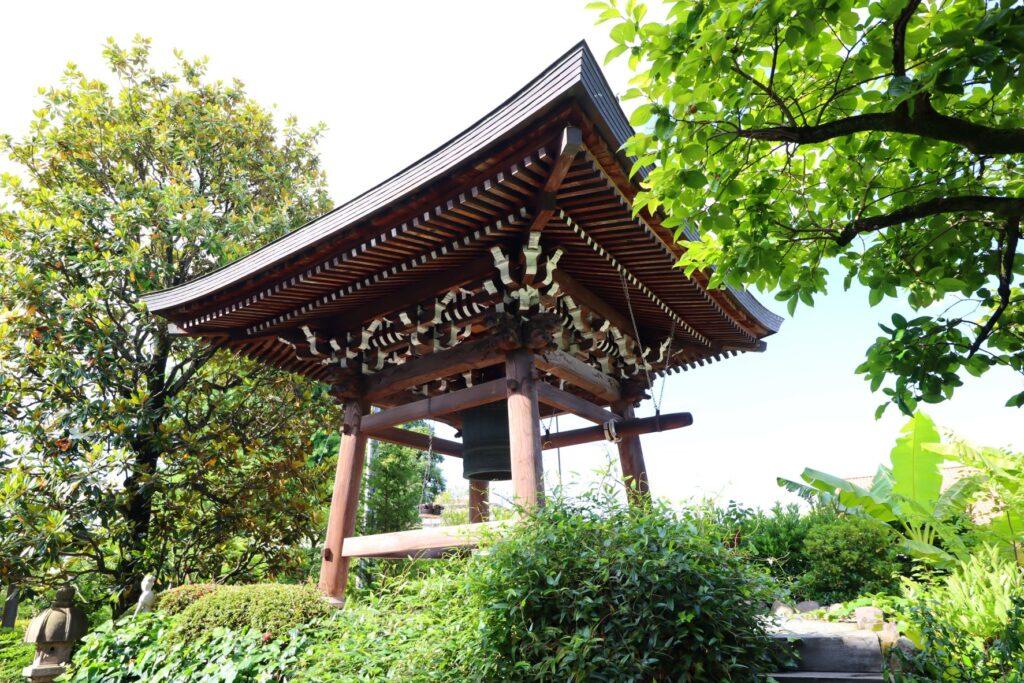 光栄山法性寺の鐘楼堂