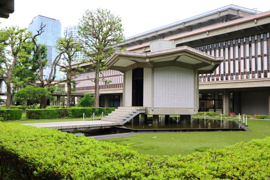 乗泉寺の霊堂