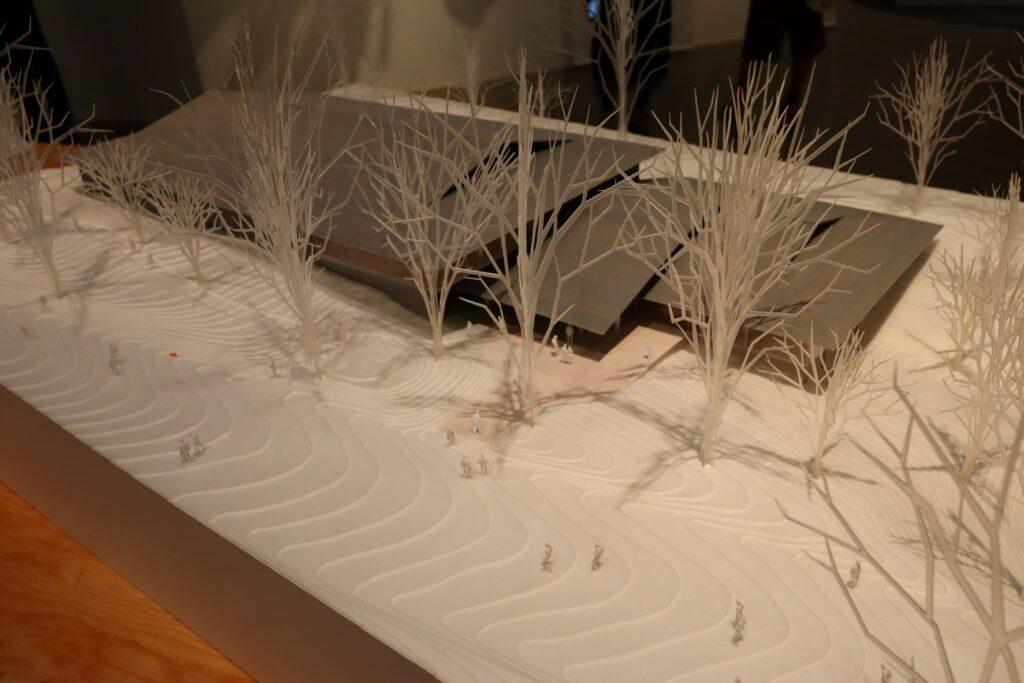 隈研吾展の明治神宮ミュージアムの建築模型
