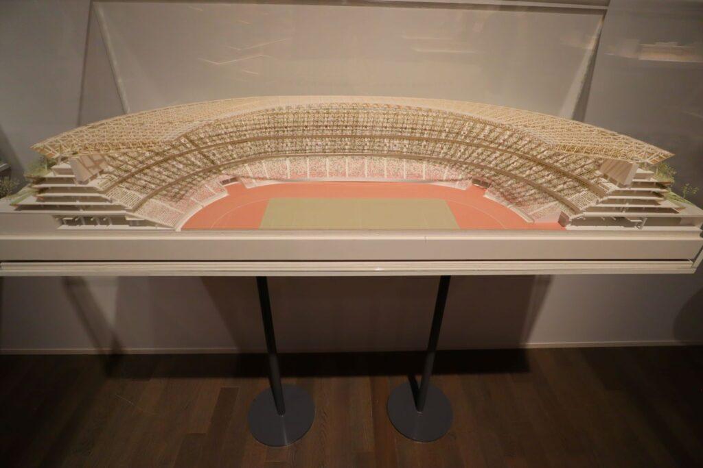 隈研吾展の国立競技場の建築模型