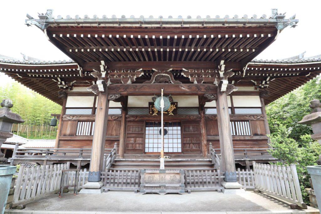妙蓮寺本堂の外観