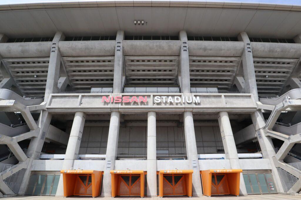 日産スタジアムの西ゲート側外観
