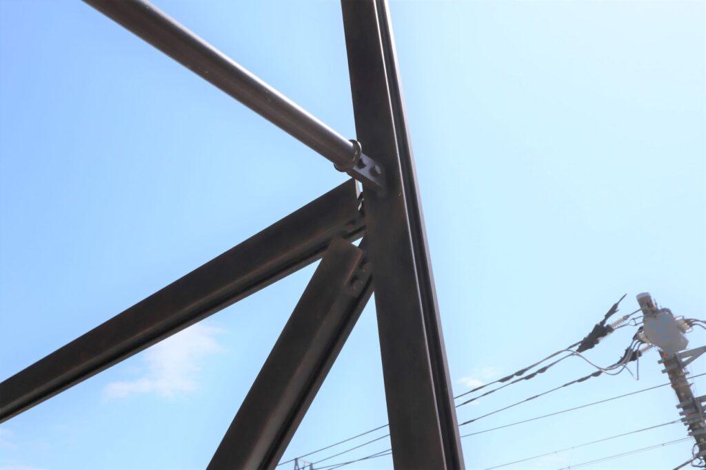 キュープラザ二子玉川の外観の鉄骨枠