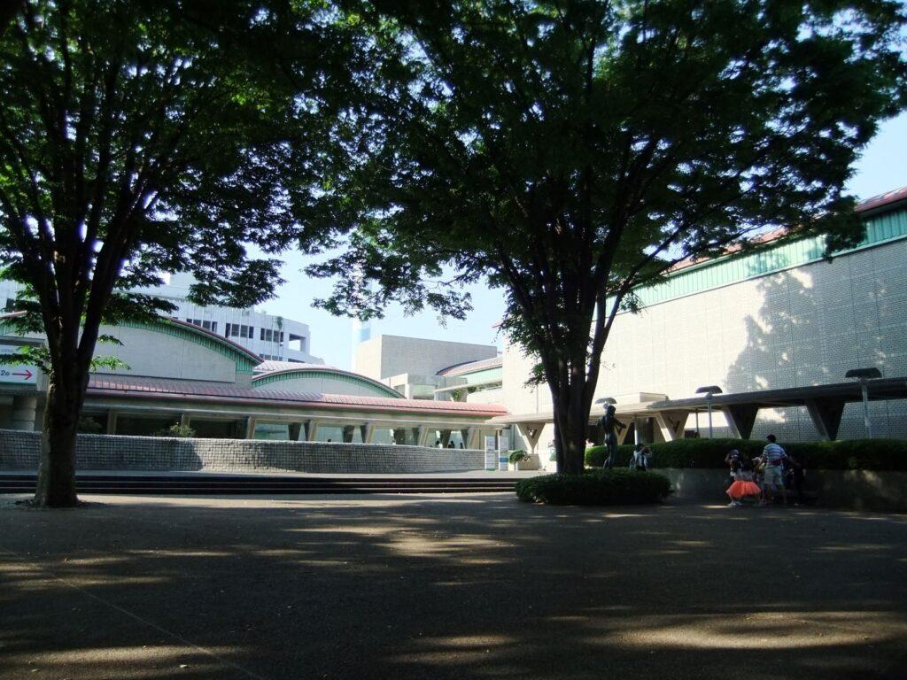 世田谷美術館の外観