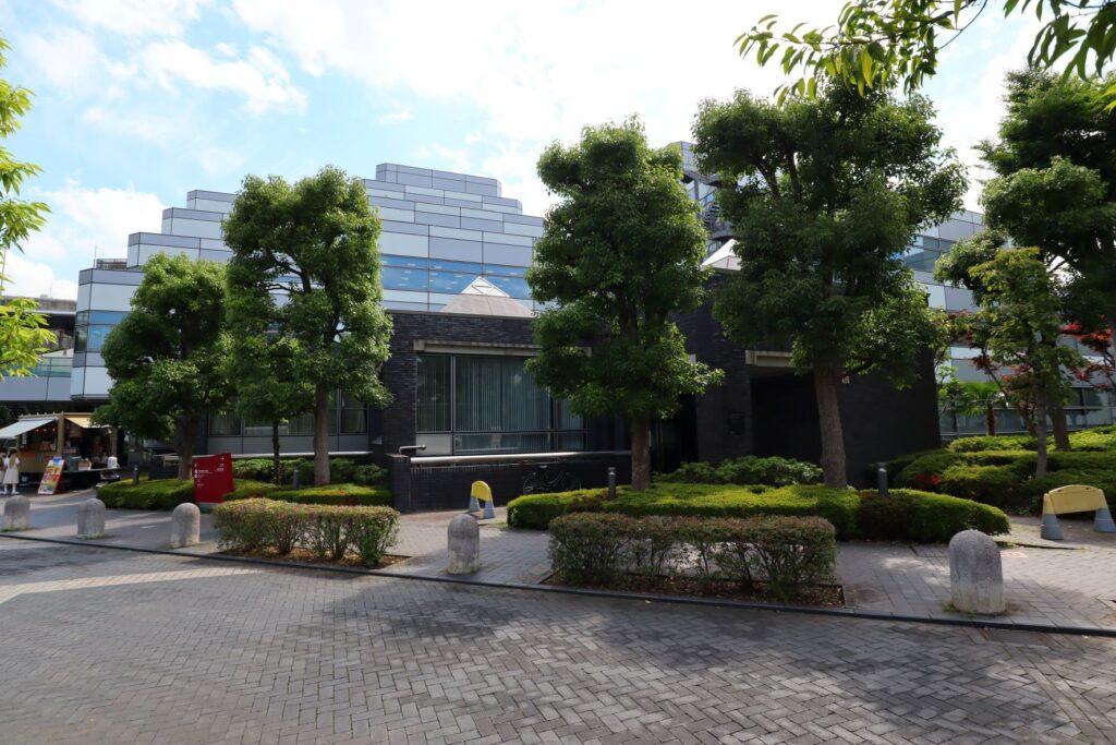 世田谷ビジネススクエアの用賀区民集会所とコミュニティテラス