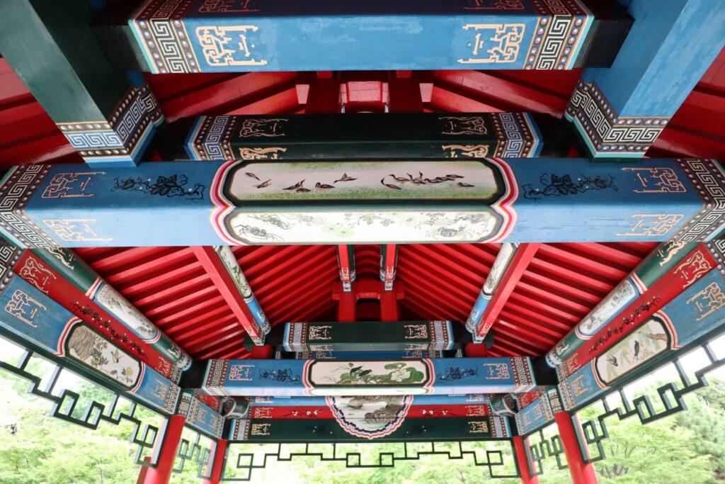 大師公園瀋秀園の藕香榭の木組