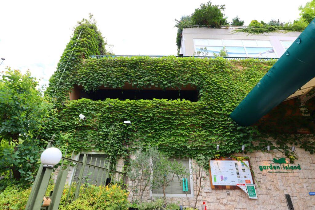 玉川高島屋SCガーデンアイランドの外壁