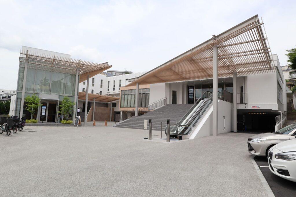 横濱聖苑の外観