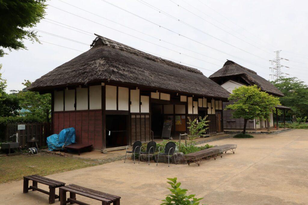 旧橫溝家住宅の表門