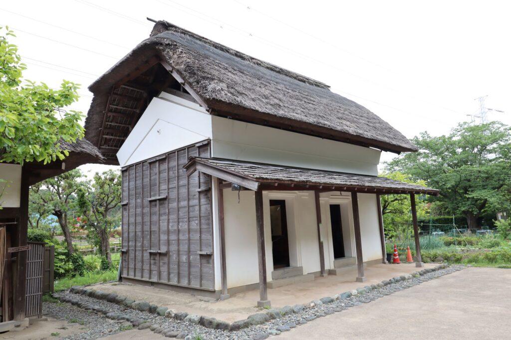 旧橫溝家住宅の穀蔵外観