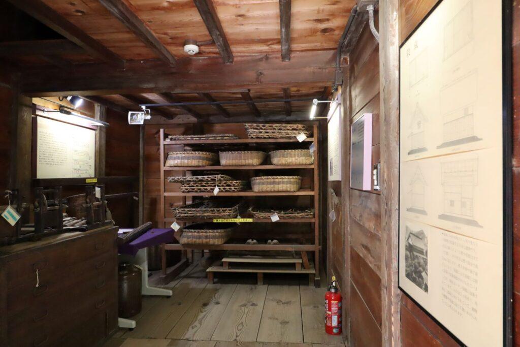 旧橫溝家住宅の穀蔵内観
