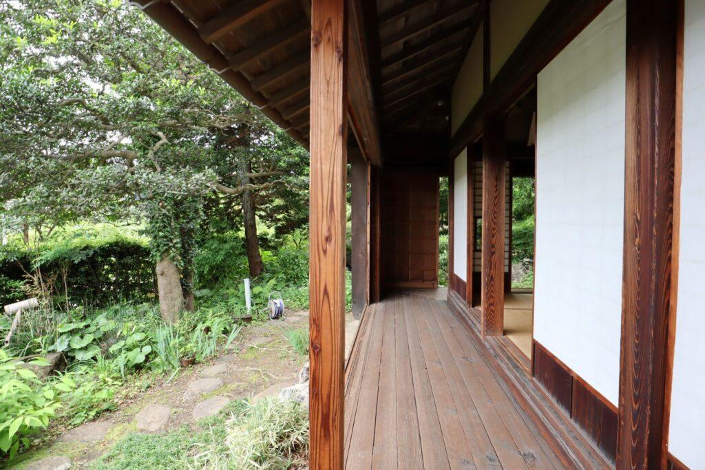 旧橫溝家住宅の縁側