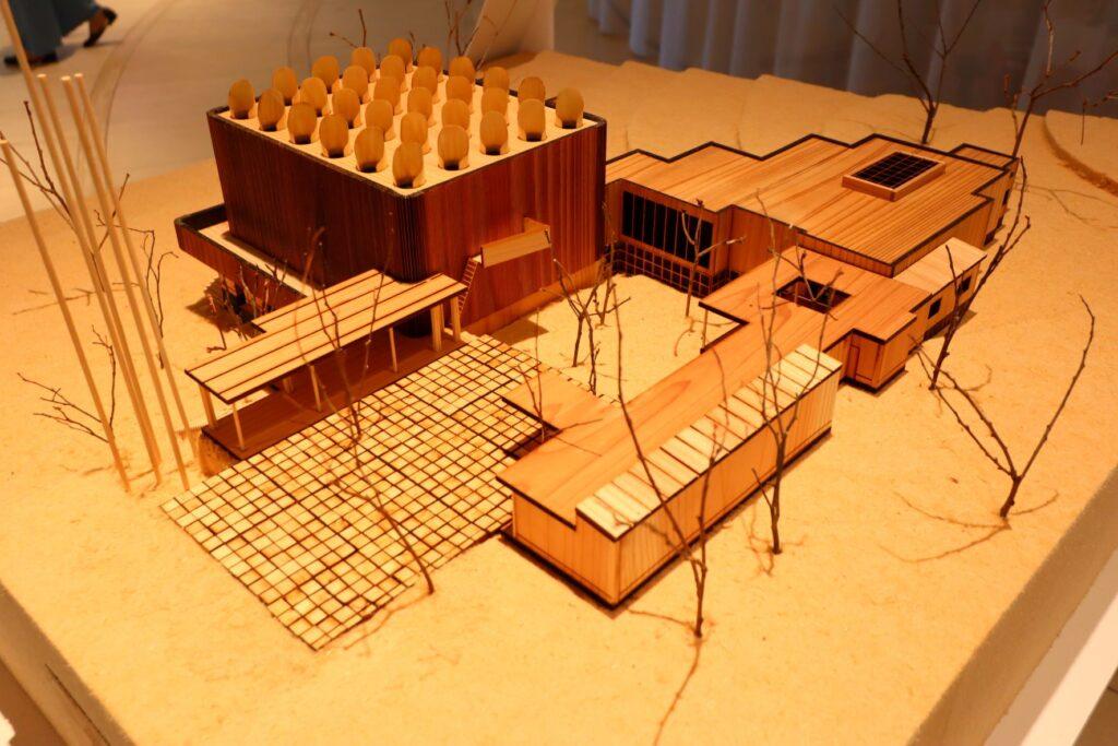 アイノとアルヴァ 二人のアアルト展のパリ万国博覧会フィンランド館