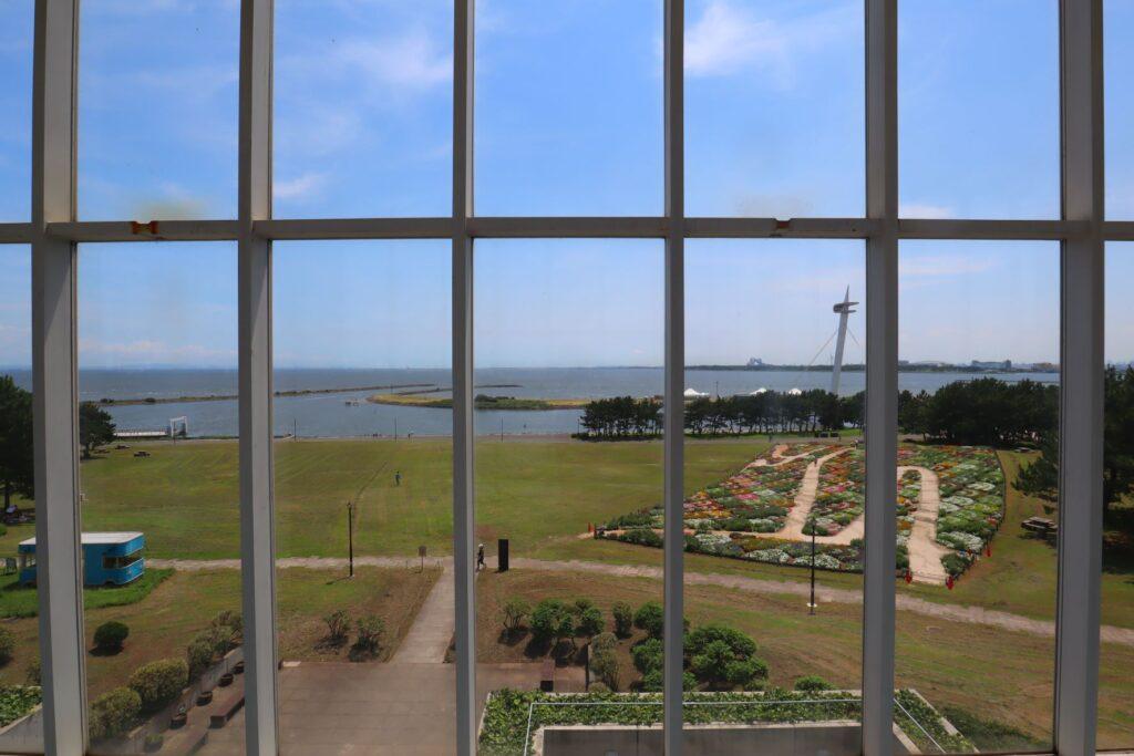 展望レストハウス・クリスタルビューから見た海の景色