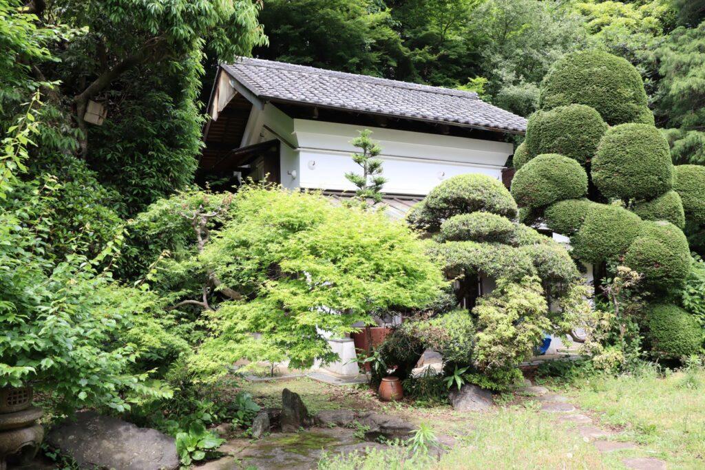 日吉の森庭園の蔵