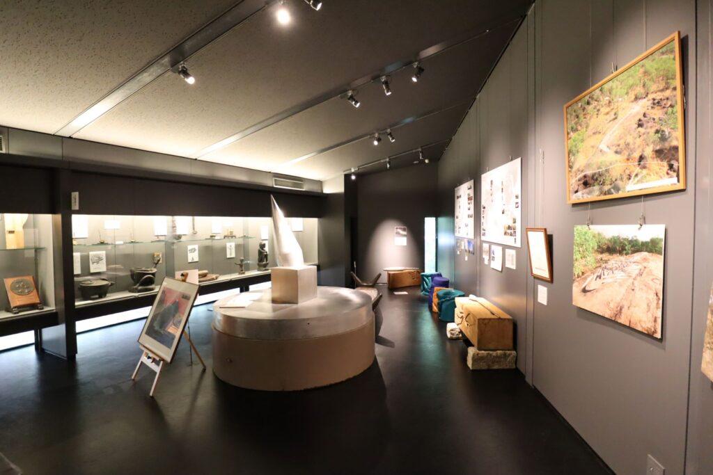 田辺光彰美術館展示室