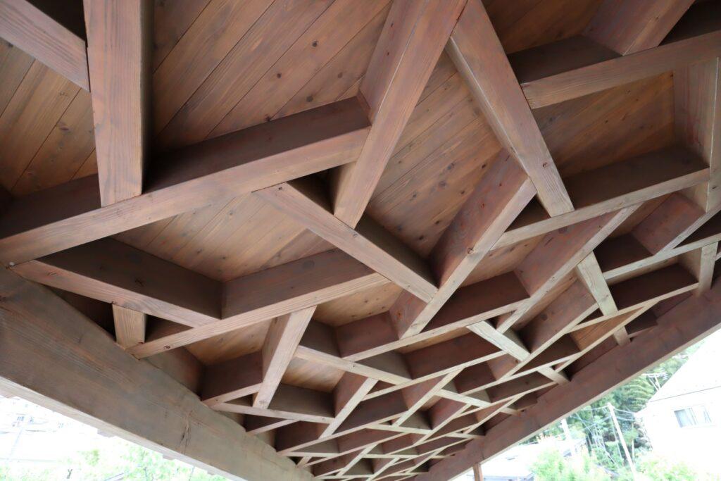 本覚寺の森 観音堂の屋根裏
