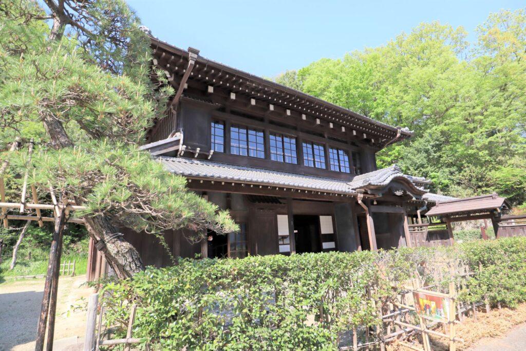 日本民家園の原家住宅外観