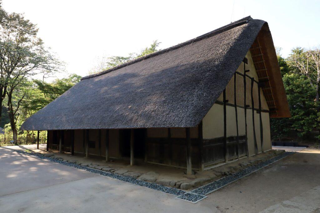 日本民家園の関東の村の広瀬家住宅外観