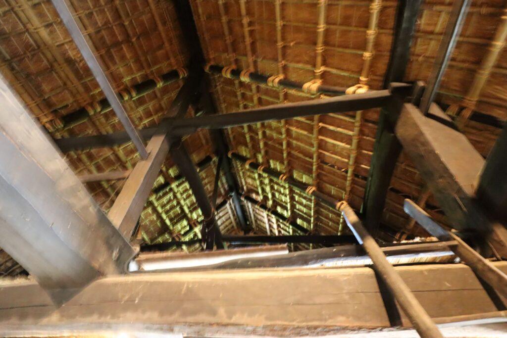 日本民家園の関東の村の広瀬家住宅屋根裏