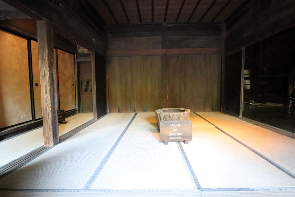日本民家園の信越の村の野原家住宅座敷