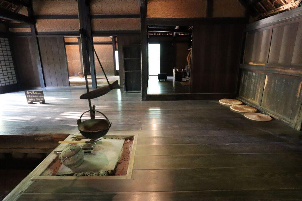 日本民家園の関東の村の太田家住宅広間