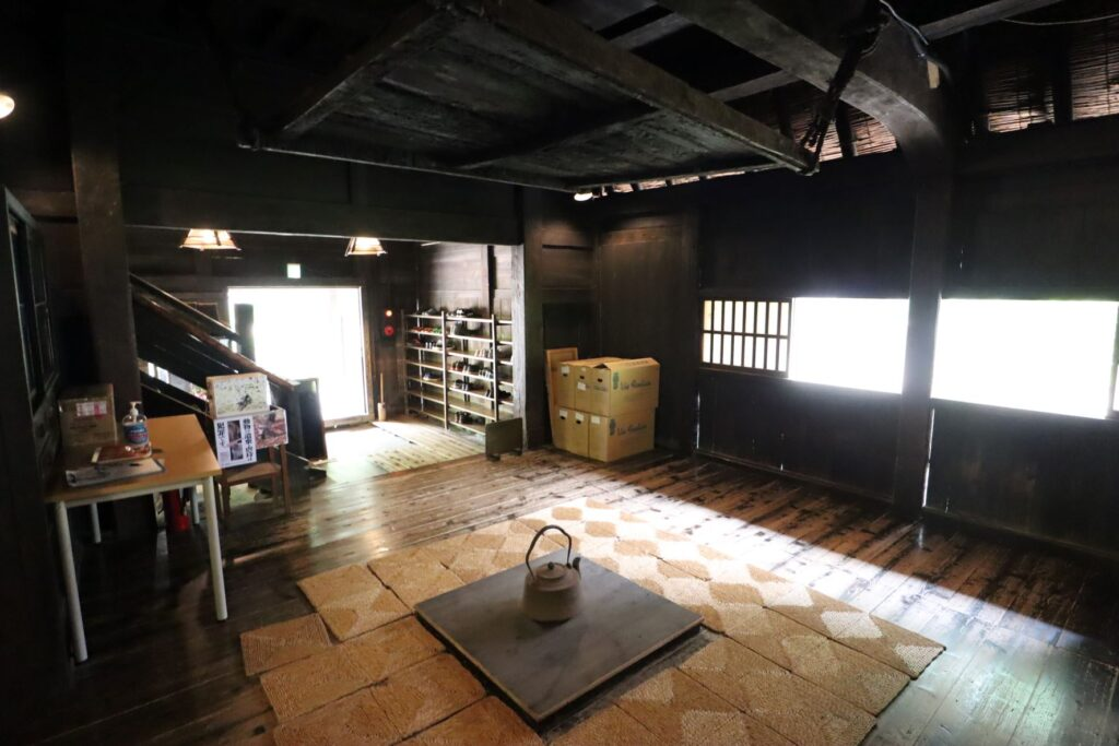 日本民家園の信越の村の山下家住宅台所