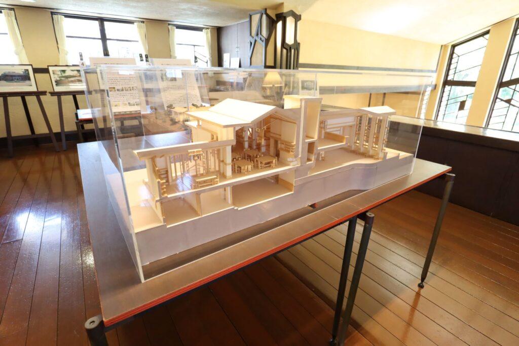 自由学園明日館のフランク・ロイド・ライトミュージアムの建築模型