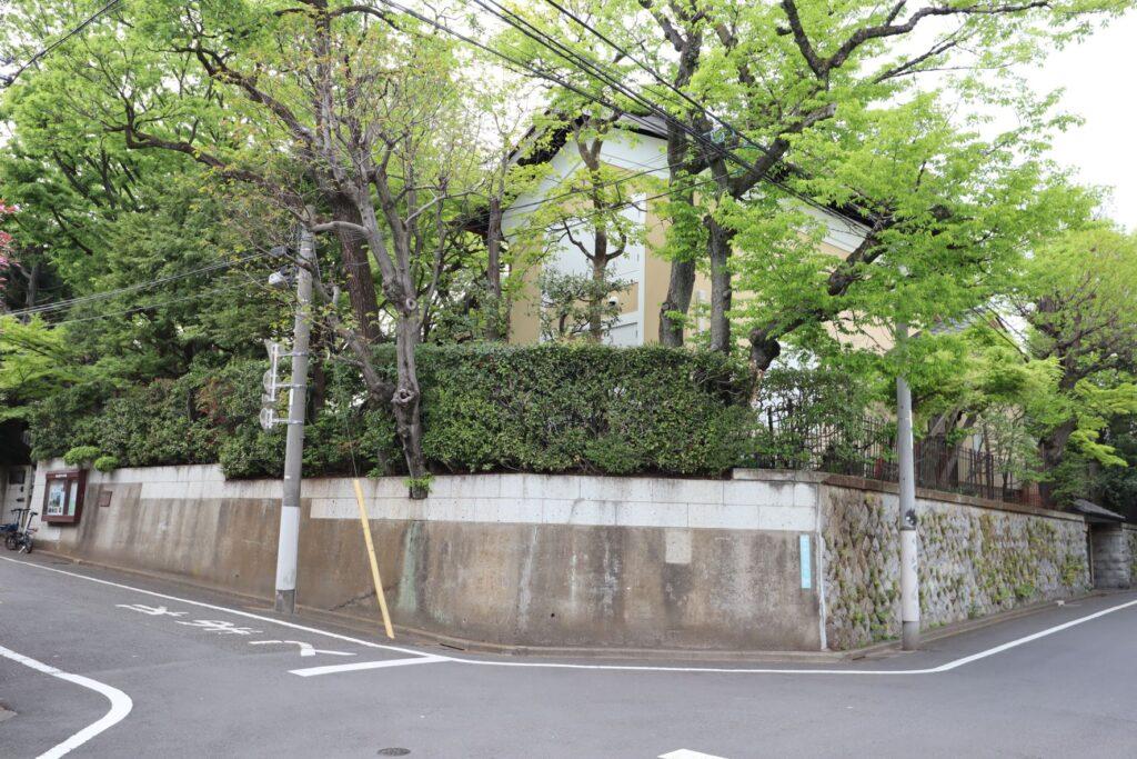 向井潤吉アトリエ館外観