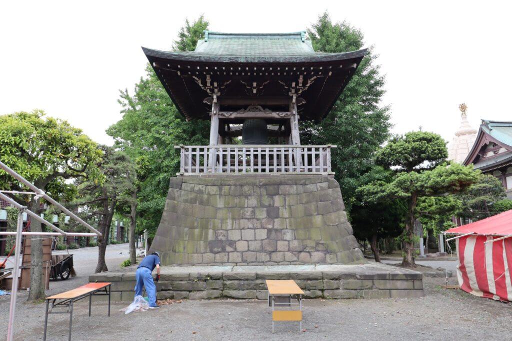 川崎大師の鐘楼堂