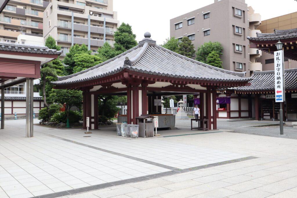 川崎大師のお水屋