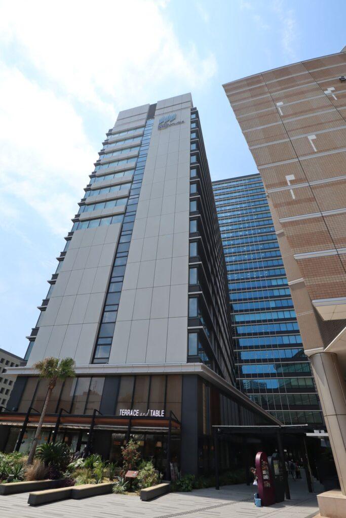 KAWASAKI DELTAのホテルメトロポリタン川崎外観