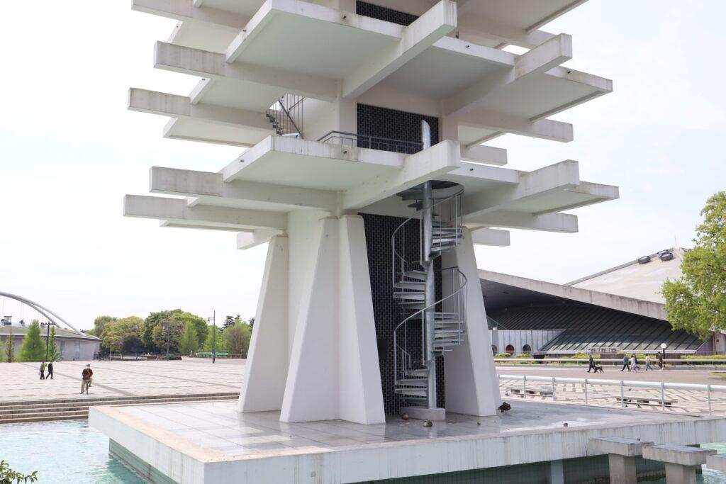 駒沢オリンピック公園オリンピック記念塔の螺旋階段