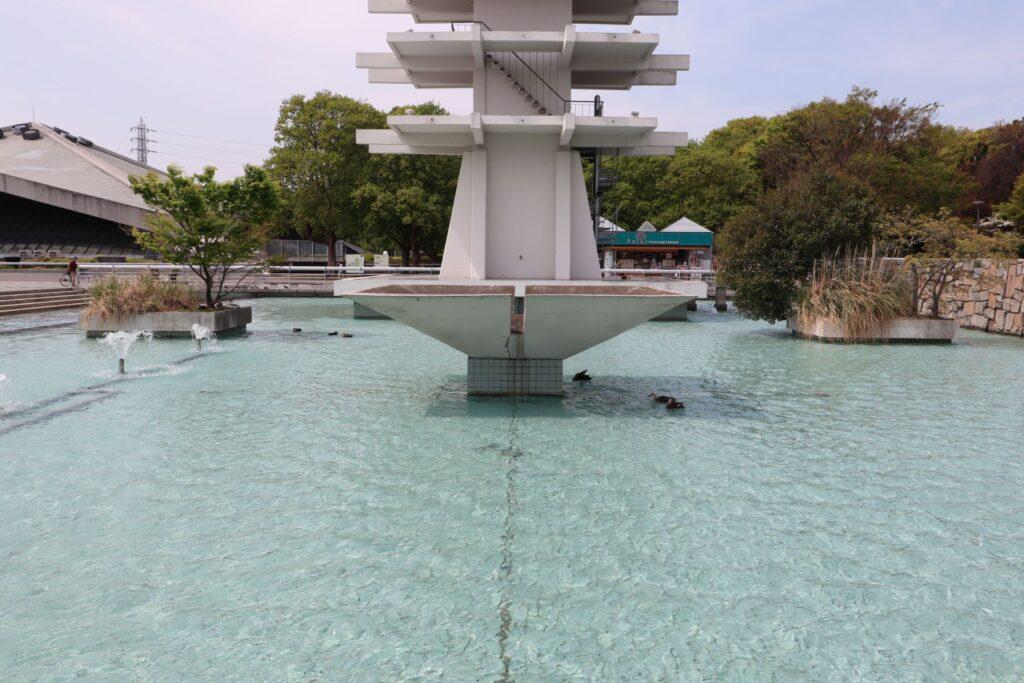 駒沢オリンピック公園オリンピック記念塔横の聖火台