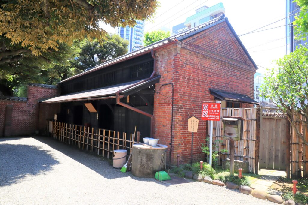 旧乃木邸の厩外観