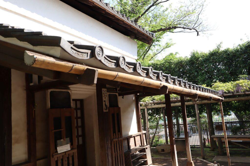 岡本公園民家園の旧浦野家土蔵の雨樋