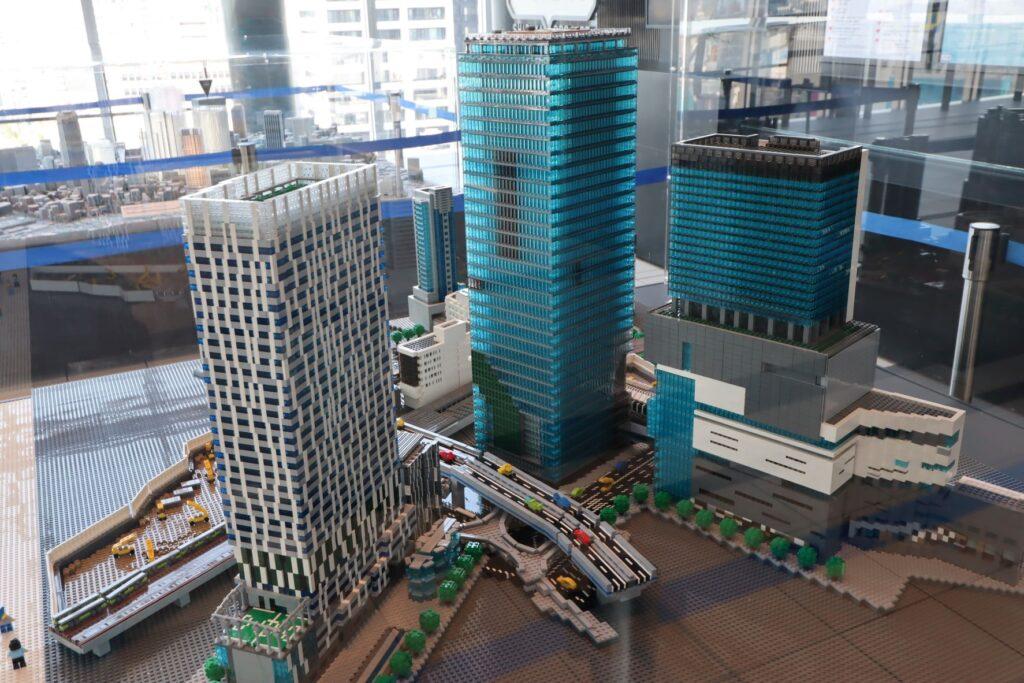 渋谷ヒカリエのスカイロビーにあるレゴブロック