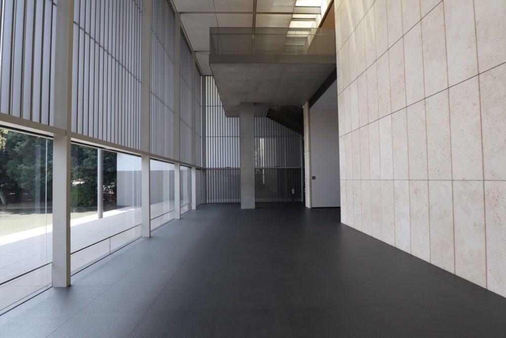 東京国立博物館の法隆寺宝物館エントランス