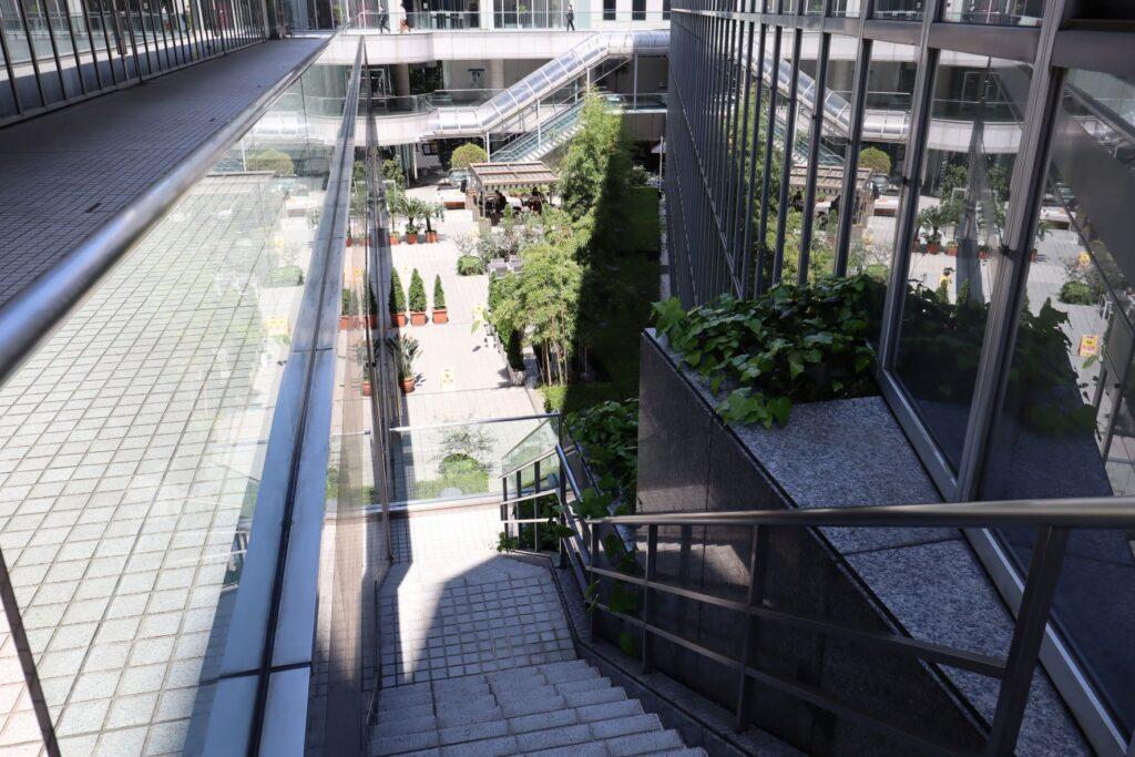 国際連合大学サンクンガーデン